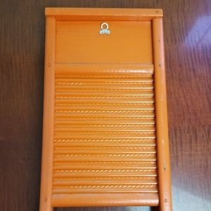 Vintage Accents - VINTAGE *Rare!* magnetic board w/ magnets included